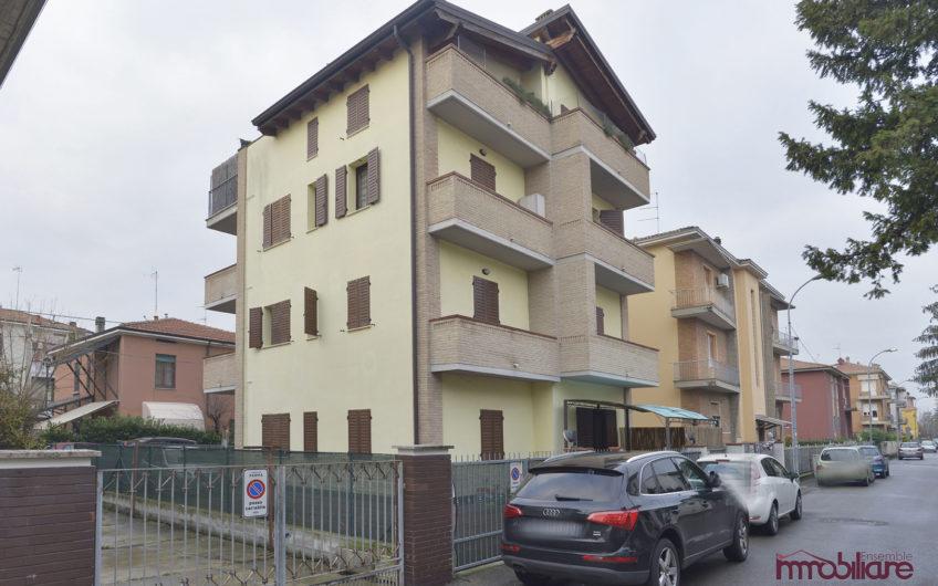 Trilocale via Antonio Lombardini, Parma