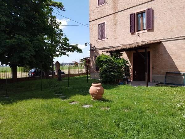 Quadrilocale Strada Viazza di Beneceto, Parma