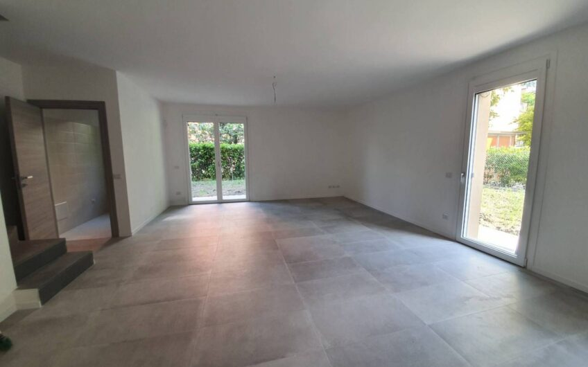 Appartamento Strada Antonio Zarotto, Parma