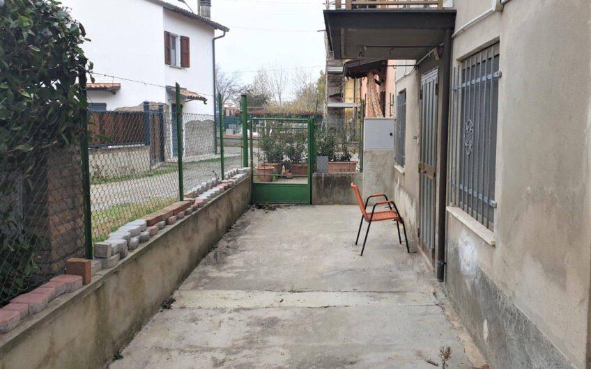 Casale via Roncaglio 39, Cavriago