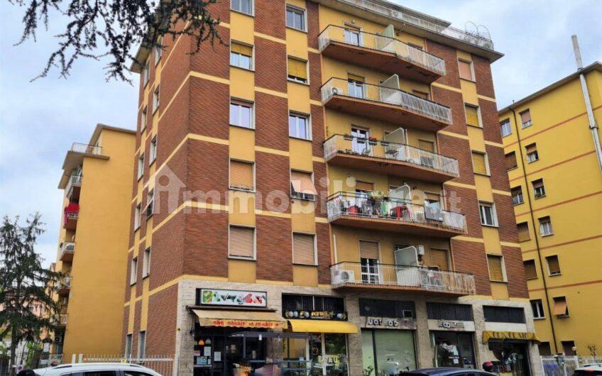 Trilocale via Venezia 3, Parma
