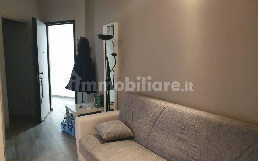 Stanza singola viale Paolo Toschi 17, Parma