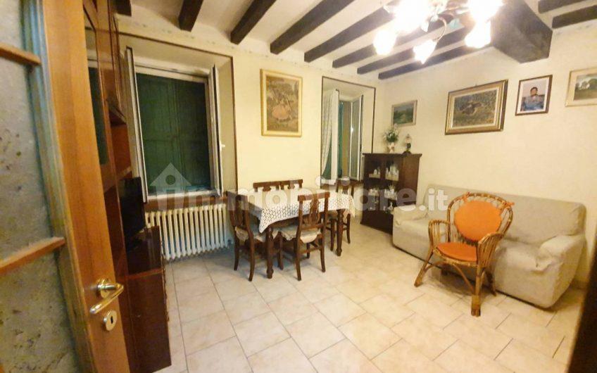 Bilocale via Vittorio Bottego 5, Fornovo di Taro